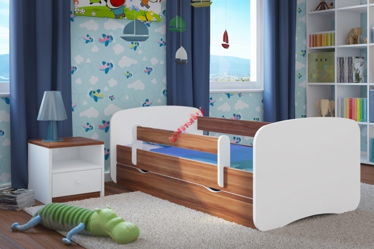 kinderbett mit seitenschutz ourbaby nussbaum wei. Black Bedroom Furniture Sets. Home Design Ideas